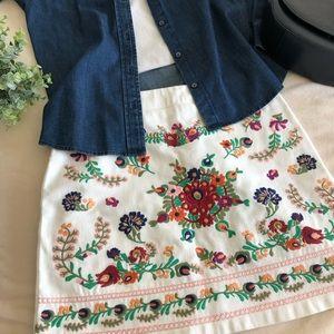 Emory Park Embroidered white denim skirt